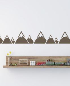 szablon góry do malowania na ścianie